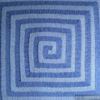 """Одеяло, связанное спицами """"Лабиринт"""""""